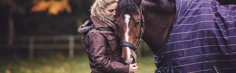 Pelleted Fibres header Horse in Rug